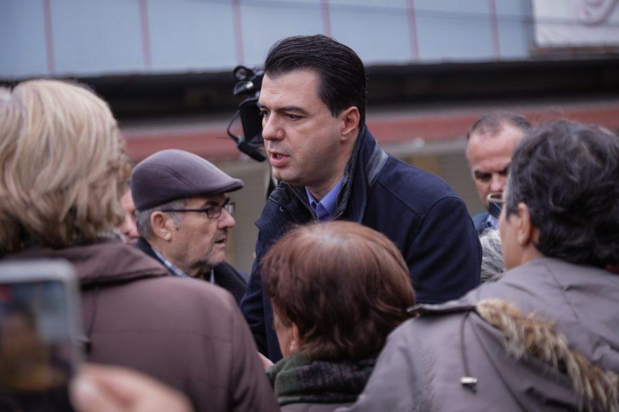 Basha u tregon banorëve të Durrësit: Çfarë do bëja nëse do isha Kryeministër