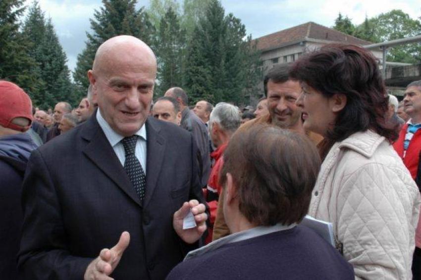 Biznesmeni i njohur qëllohet me snajper në mes të Beogradit