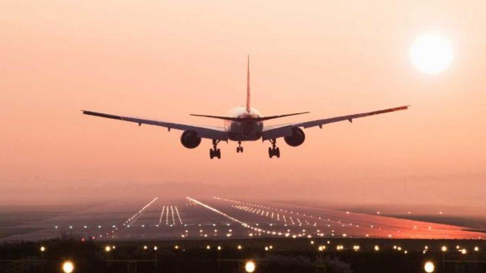 Gjithçka që duhet të dini për rreziqet e udhëtimit me avion