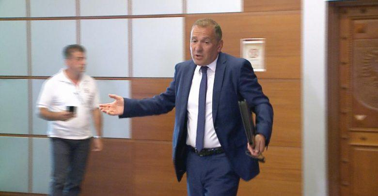 Arben Kraja zgjidhet kreu i SPAK, nga sot fillon hetimi për politikanët dhe krimin e organizuar - Abc News