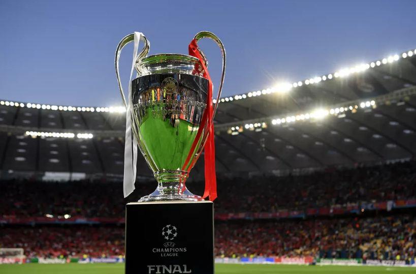 Risia e Champions League, UEFA formon juri profesioniste për çmimin