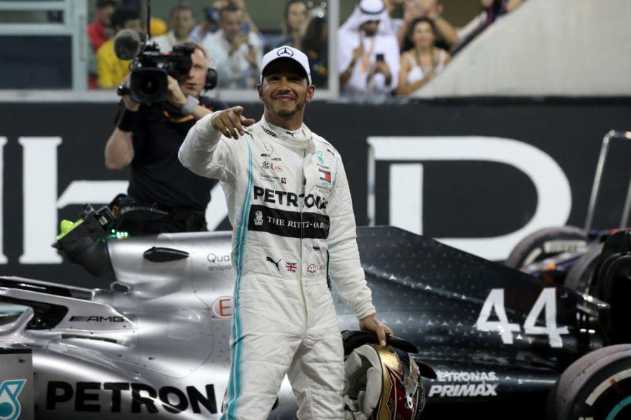 Personaliteti i vitit në Angli, Lewis Hamilton e mbyll i dyti