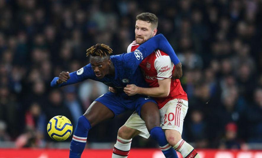 """""""Mustafi ngriu përballë Abraham, Arteta duhet ta heqë qafe nga Arsenali"""""""