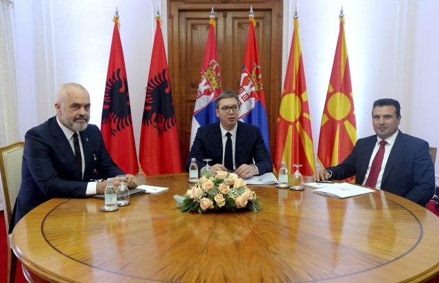 """Beogradi, Tirana, Shkupi nënshkruajnë """"minishengen-in"""": Pakt në luftën kundër Covid"""