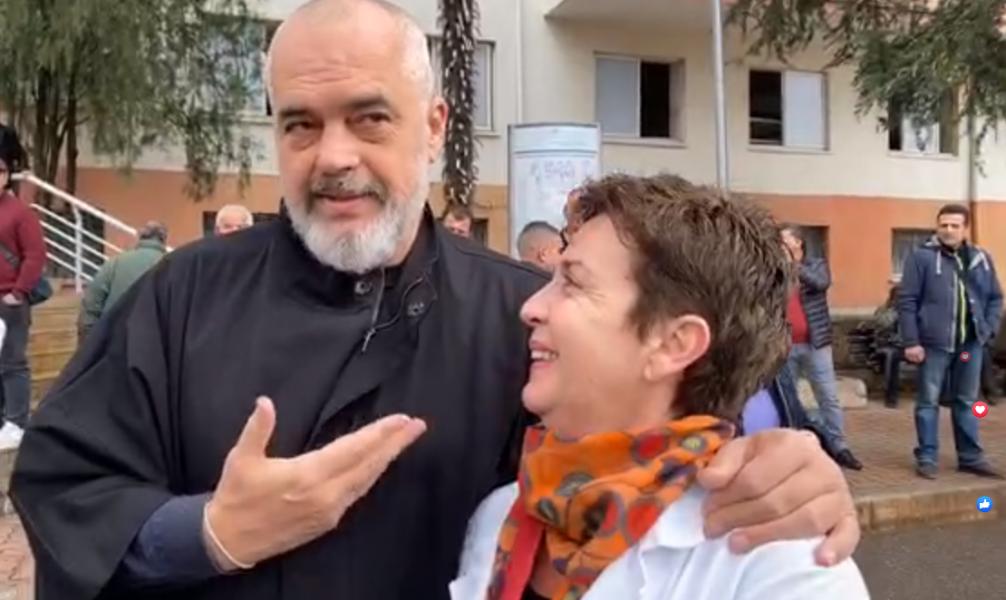 """""""Lëre Tit Vasilin tani, se Tit Vasili është shoku yt, jo i imi"""": Rama i përgjigjet mjekes pas akuzave për murin"""