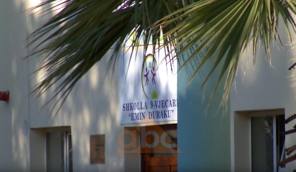VIDEO/ Shkolla në mes të Bllokut del jashtë funksionit, shtesa ndahet nga godina