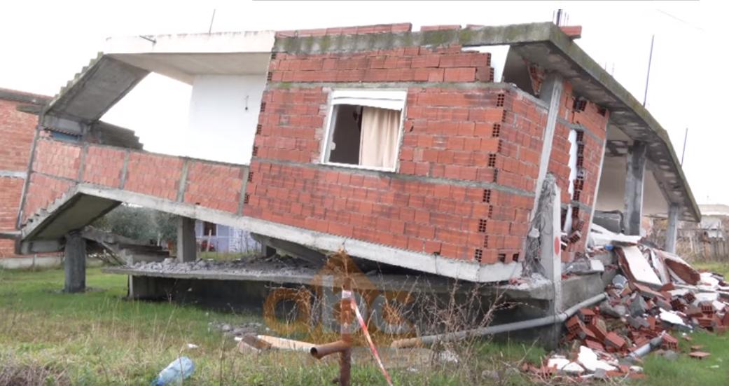 VIDEO/ Banorët ankohen për dëmshpërblimin: Nuk bëhet shtëpi me 2 milionë lekë