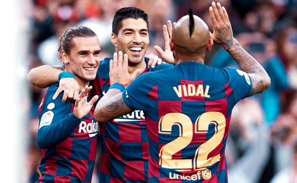 VIDEO   Vidal nuk i ndahet sportit as në karantinë, ja çfarë bën mesfushori