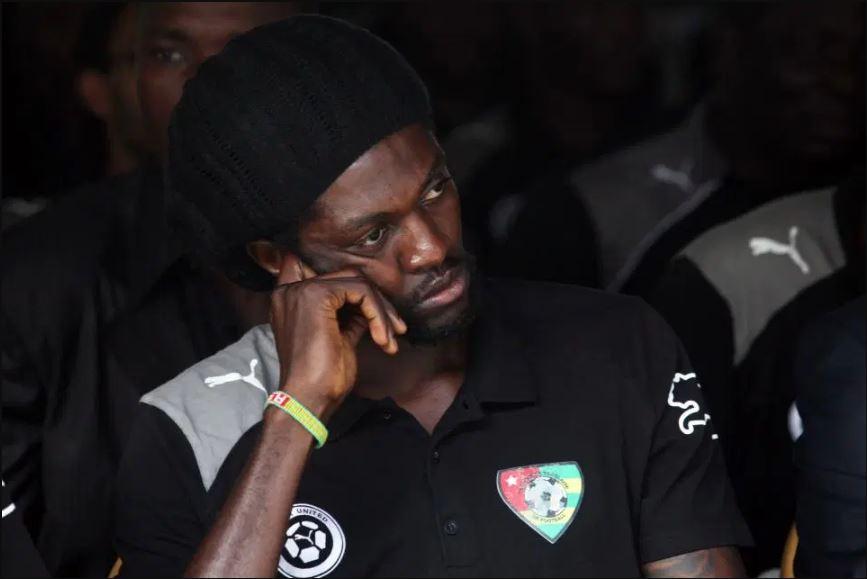 """""""Të telefonoj unë po isha gjallë!"""", dy historitë e pabesueshme të Adebayor"""