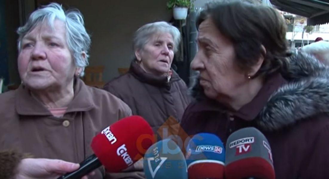 VIDEO/ Digjet pallati në Pogradec, banorët: Zjarrfikëset erdhen kur u përvëlua, s'kishin ujë