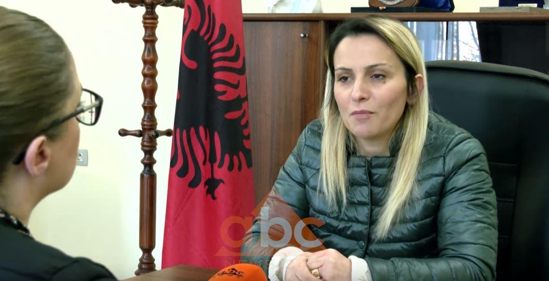 Kurbini një muaj pas tërmetit, kryetarja e bashkisë tregon per Abc News çfarë do të ndodhë me strehimin