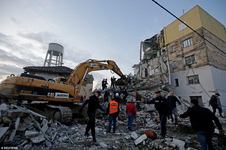 Shoqëruar me 5 euro: Letra prekëse e vogëlushes italiane për fëmijët e prekur nga tërmeti