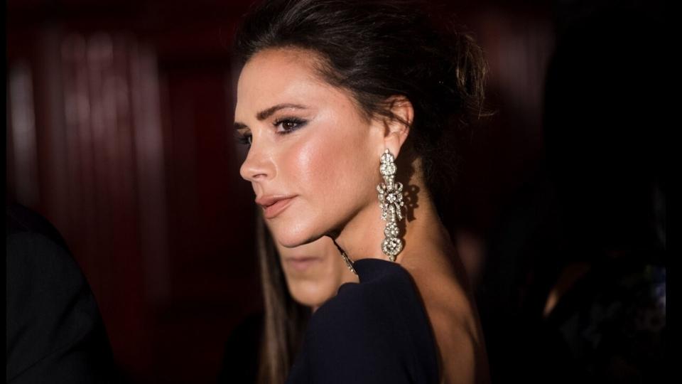 Victoria Beckham heq dorë nga shoferi dhe lulet: Kompania humbet miliona paund