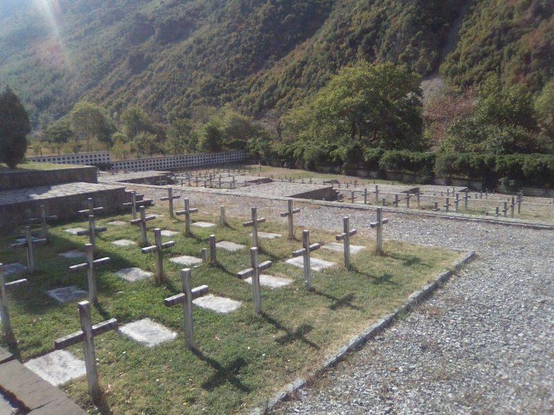 Shpronësohet toka për ndërtimin e varrezave greke në Këlcyrë
