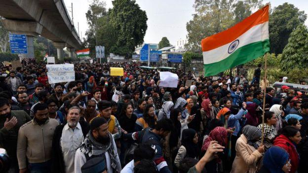 indi-protesta.jpg