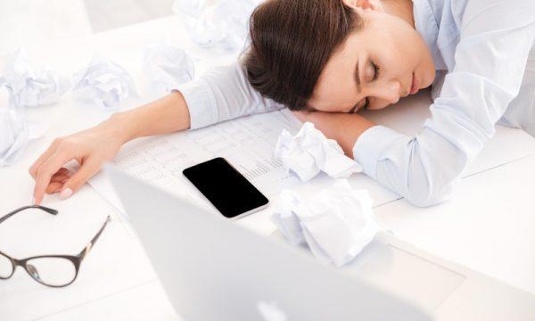 8 arsye pse ndiheni të lodhur gjithë kohën