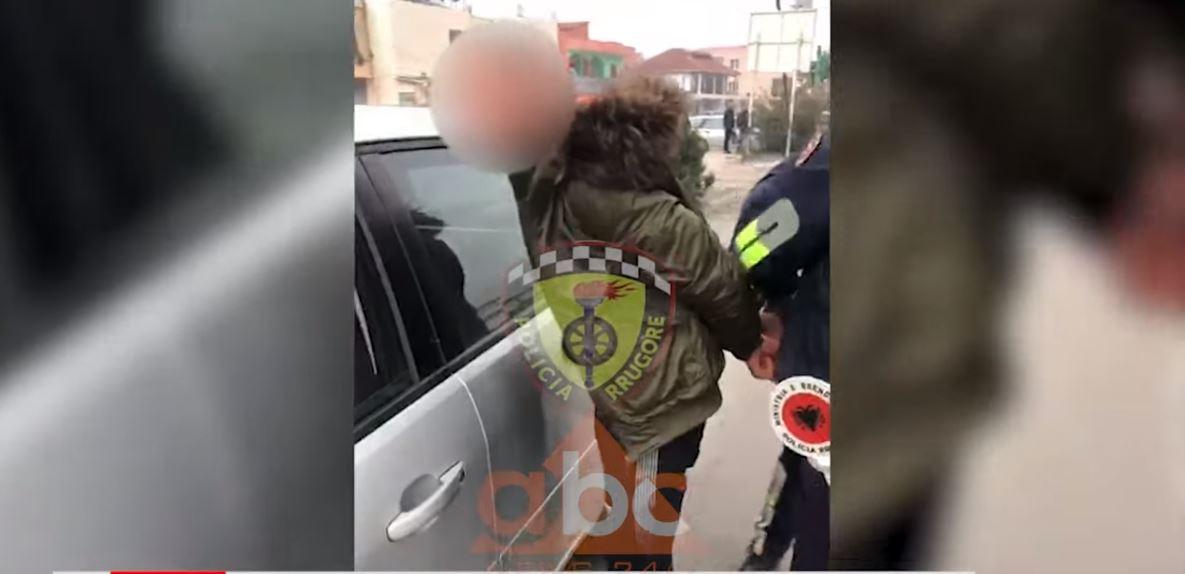 """VIDEO/ """"Gara për ti shpëtuar policisë"""", """"rrugorja"""" arreston 30 vjeçarin"""