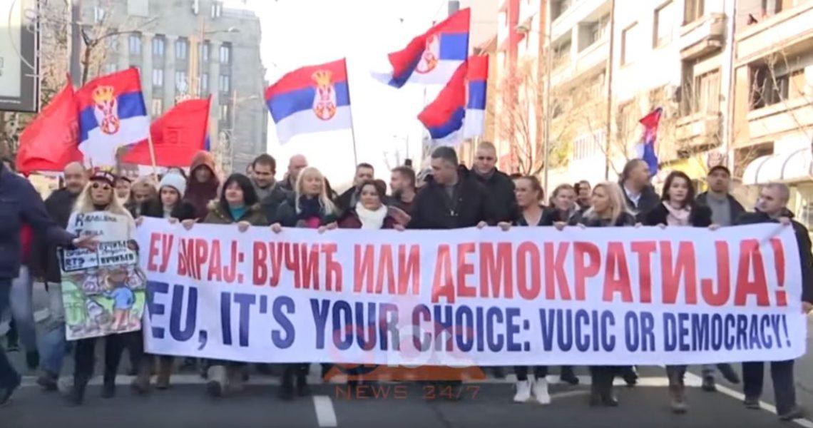 protestat-serbi.jpg