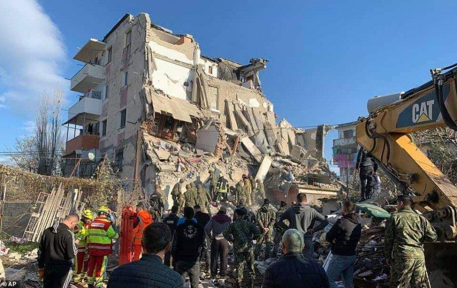 """""""Jam dëshmitar i pallateve të shkërrmoqura në Thumanë"""", zv.ministri: Kush i vrau viktimat fatkeqe"""