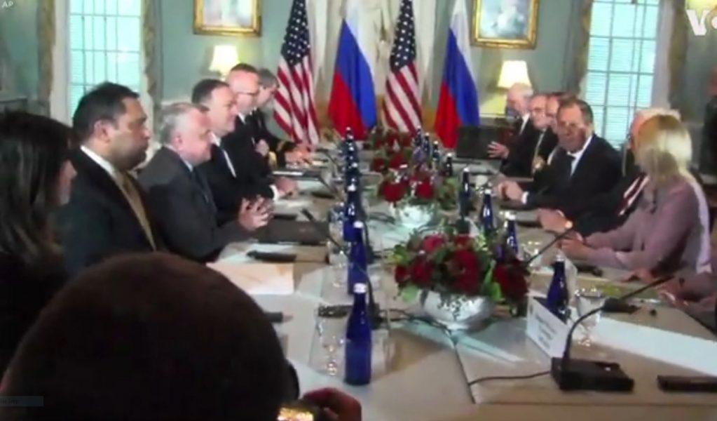 Trump dhe Pompeo presin Lavrov në SHBA: Nuk do të lejojmë ndërhyrje në zgjedhje