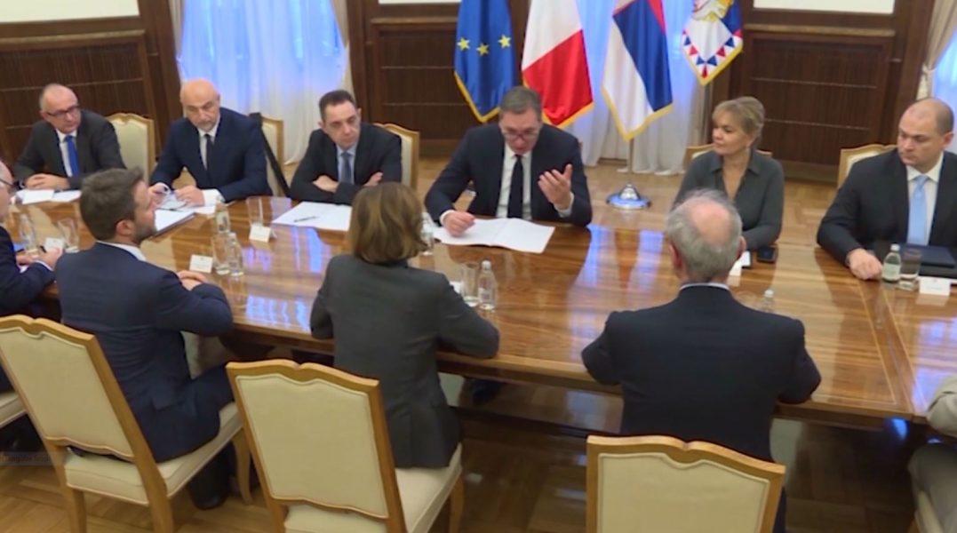 Opozita në Serbi e vendosur: Bojkotim të zgjedhjeve, duhet ndryshuar sistemi
