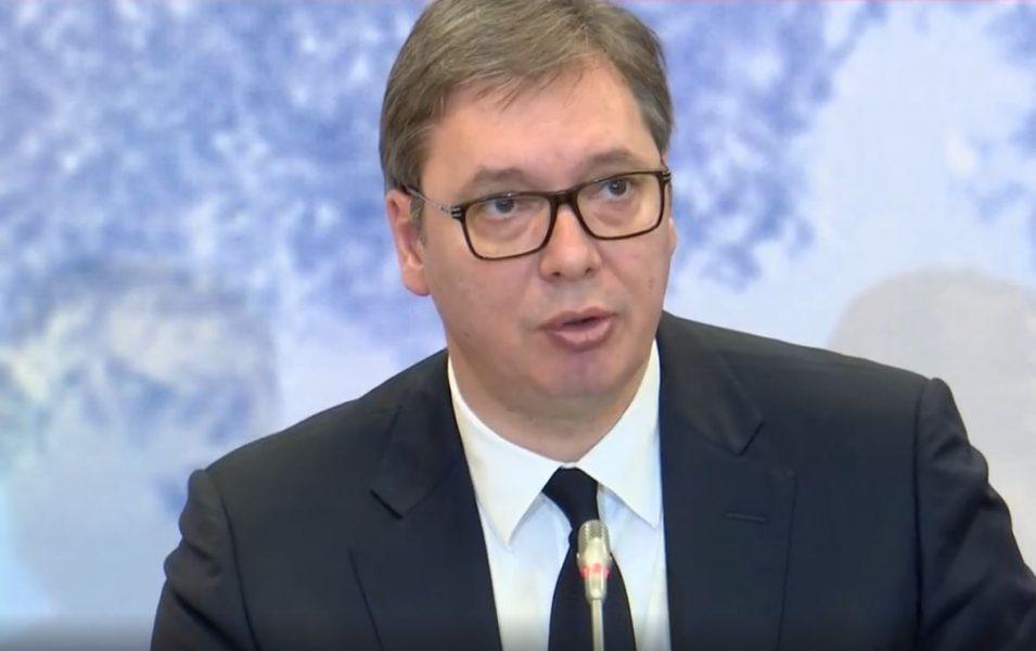 Mediat serbe zbulojnë 'planin' e Vuçiçit që të bëhet kryeministër