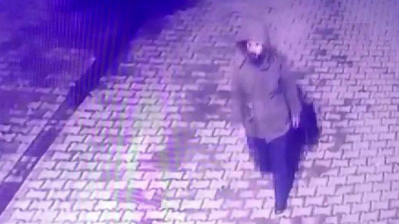 Një burrë misterioz u filmua duke bërë veprime të çuditshme natën e tërmetit të frikshëm në Turqi