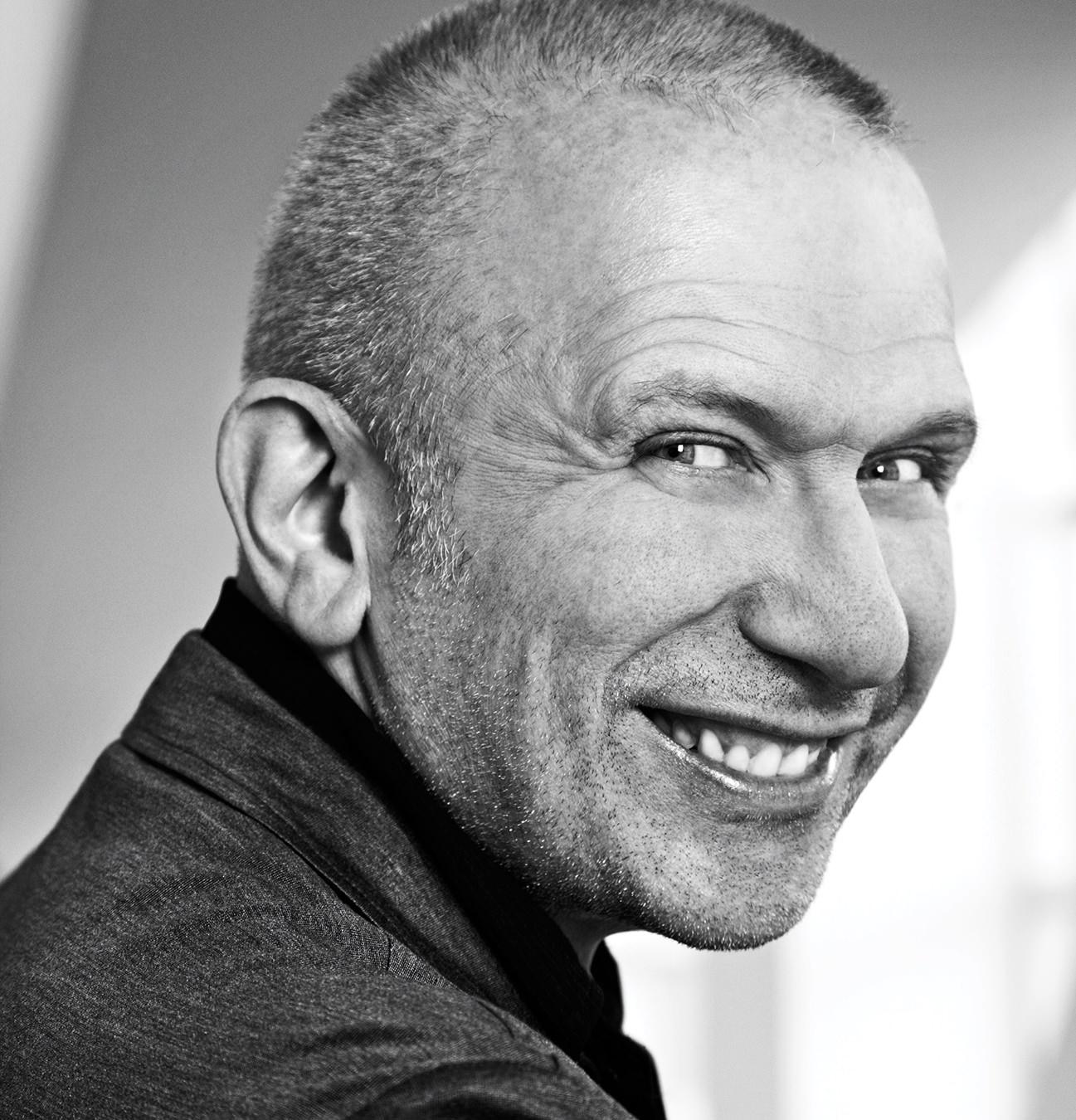 Pas 50 vitesh, dizajneri francez Jean Paul Gaultier i jep lamtumirën pasarelave