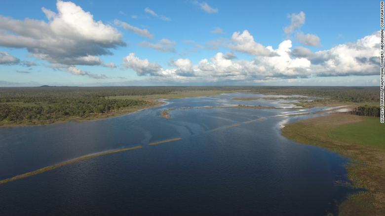 Zjarret në Australi zbulojnë një sistem ujor më të vjetër se piramidat
