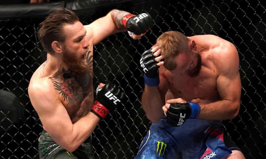 VIDEO | Bisha Conor McGregor rikthehet fuqishëm, Cerrone në tapet për 40 sekonda