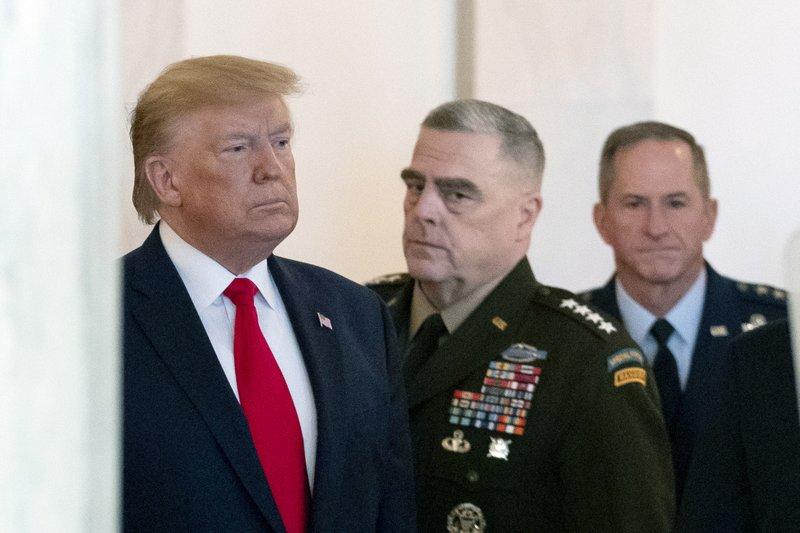 Tensionet me Iranin, Trump telefonon Stoltenberg: NATO të përfshihet më shumë në Lindjen e Mesme