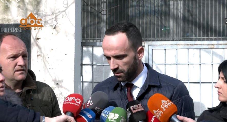 """Aksidenti në """"Porcelan"""", avokati i Edmond Muratit: Klienti im ishte i rregullt në drejtimin e mjetit"""