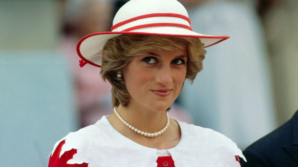 Trendi i preferuar i Lady Diana-s rikthehet në 2020-n