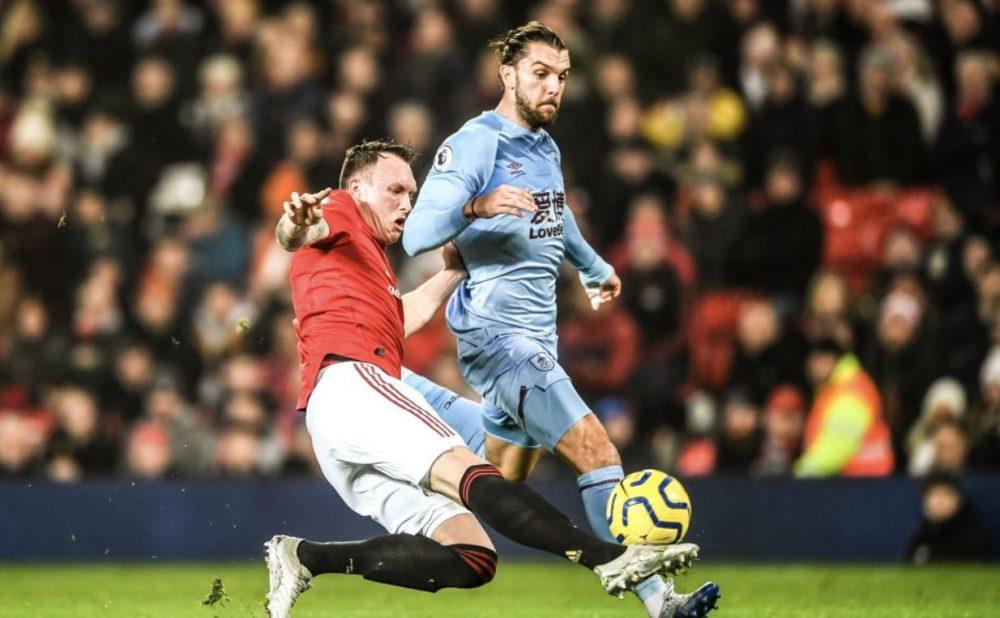 """VIDEO   Burnley """"shuplakë"""" United, e pëson edhe Tottenham i Mourinhos"""