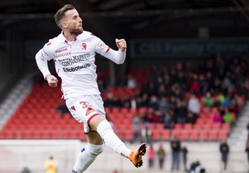 """""""Firmosni ose largohuni"""", klubi zviceran largon Lenjanin dhe 8 të tjerë"""