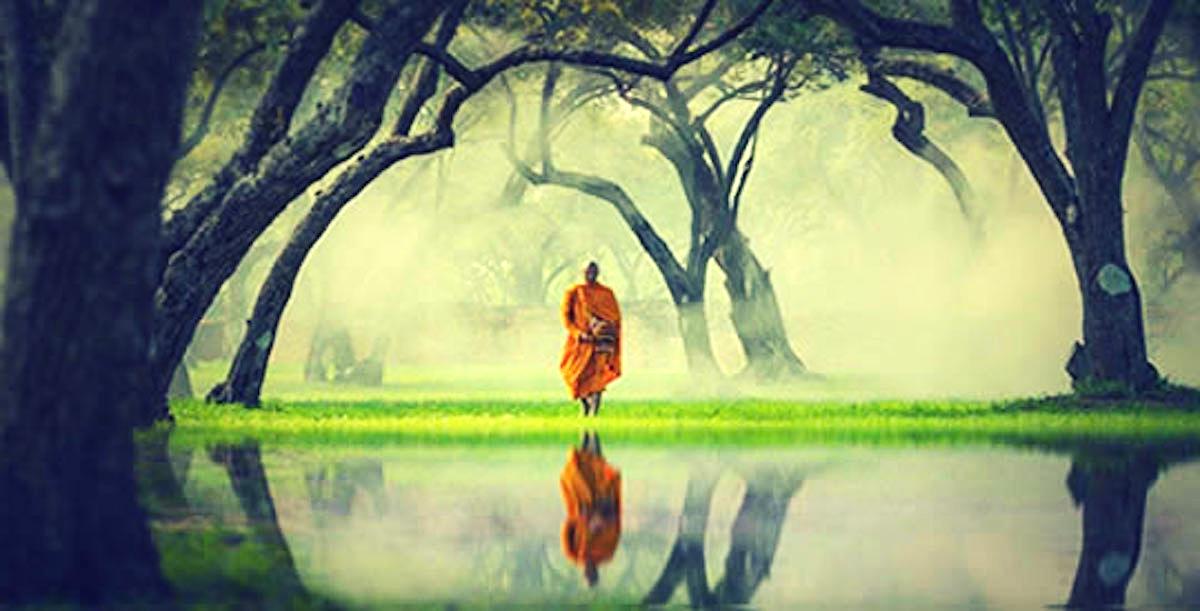 4 këshilla budiste që ju ndihmojnë të menaxhoni ankthin dhe stresin