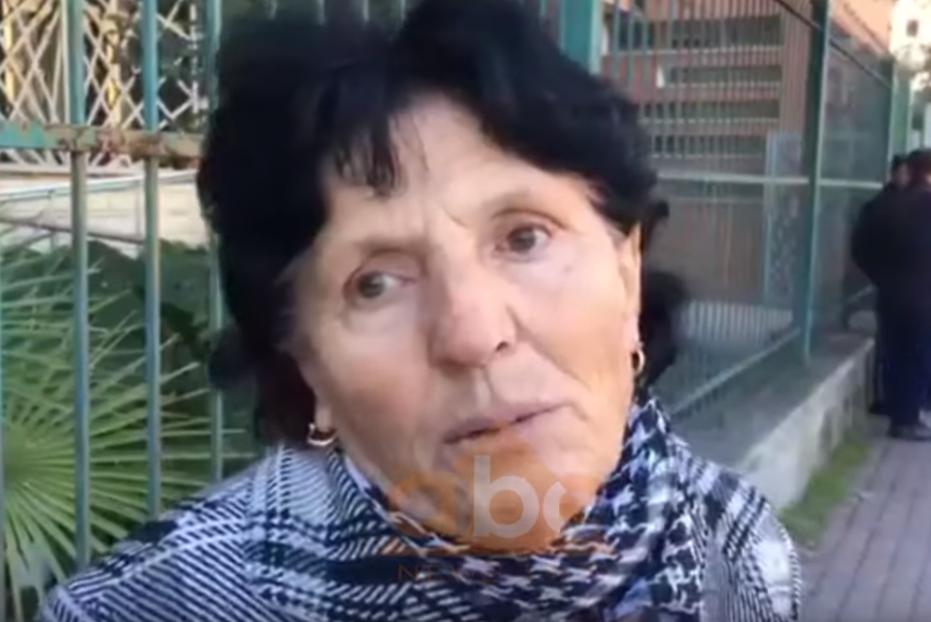 VIDEO/ Nëna e autorit shpërthen në lot: Drita i ka dhënë gji Visit, të më hiqte qafe mua