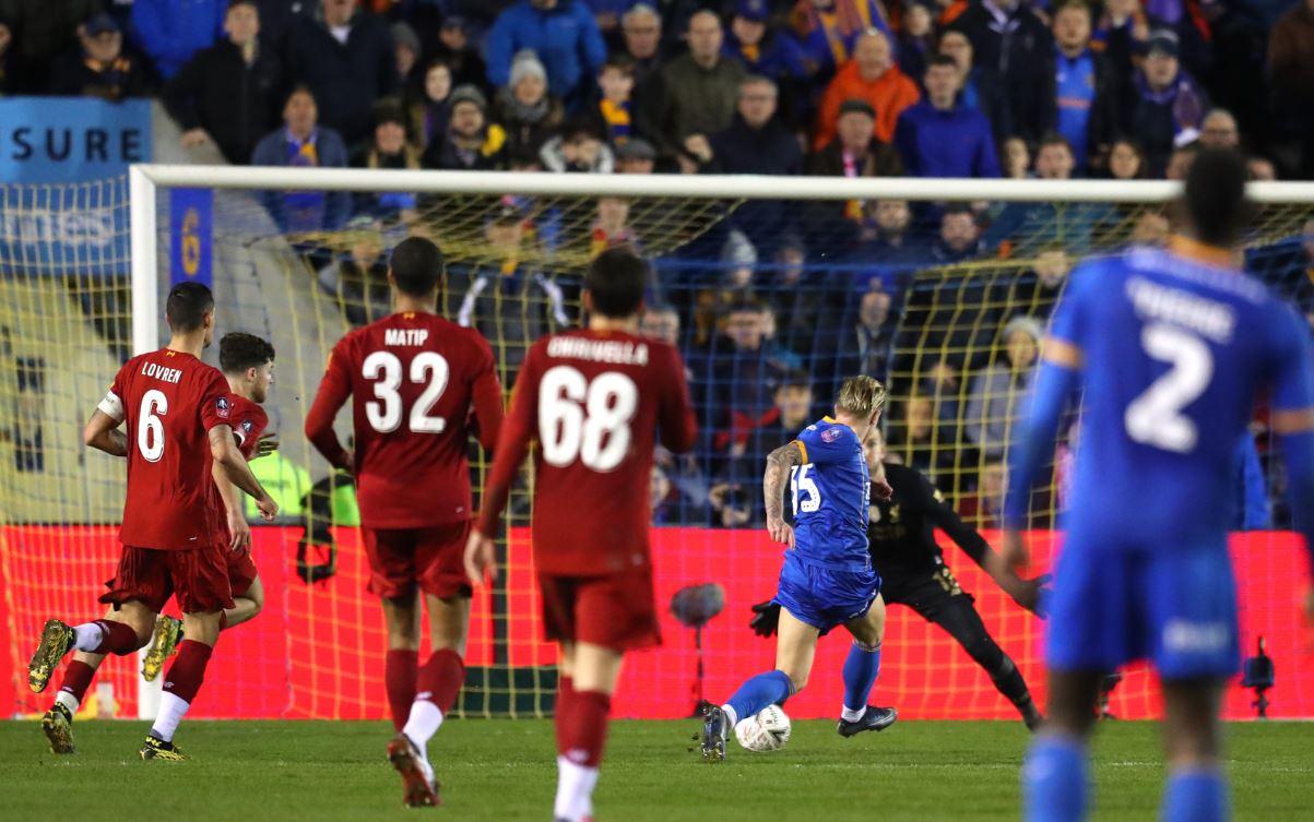 VIDEO   E pabesueshme, Liverpool ndalet në 10 minuta nga ekipi modest