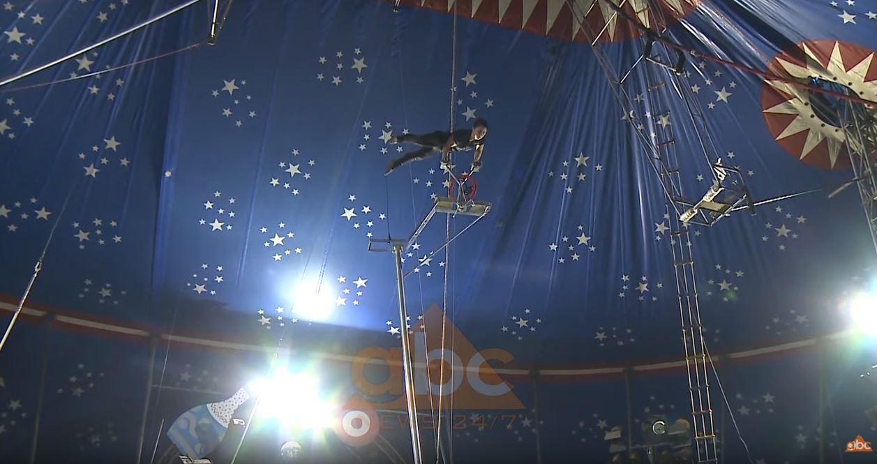 Luan Hadaj: Incidenti i akrobatit në cirk nga pakujdesia, çadra nuk ka rrezik për artistët