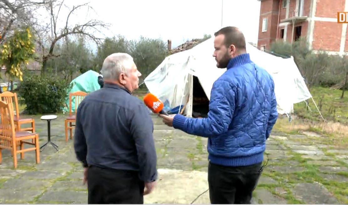 Frika nga tërmeti rikthehet sërish, ABC News në Bubq aty ku banorët sfidojnë kapriçot e motit në çadra