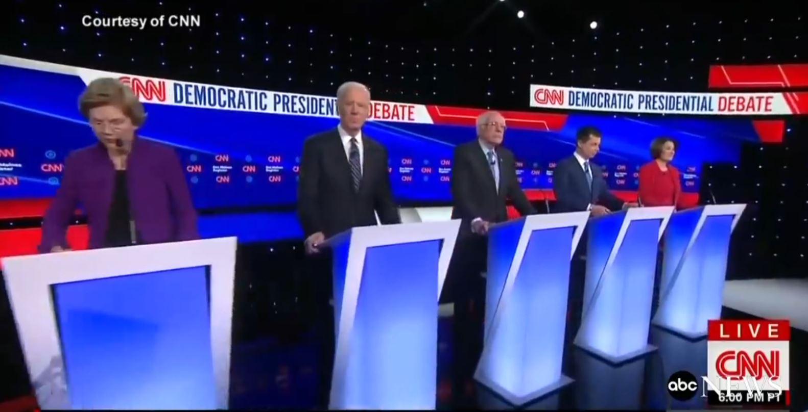 """Debati i 7 mes kandidatëve demokrate për """"Shtëpinë e bardhë"""", Biden kryeson sondazhet"""