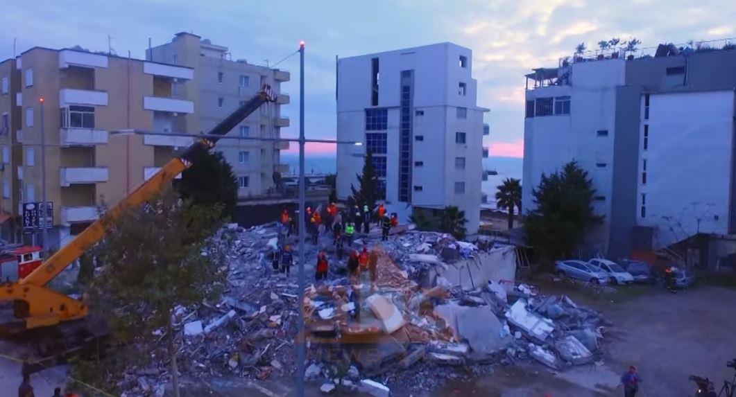 """Turizmi """"rimëkëmbja"""" e Durresit pas tërmetit, operatorët kërkojnë zhvendosjen e të prekurvenga tërmeti"""