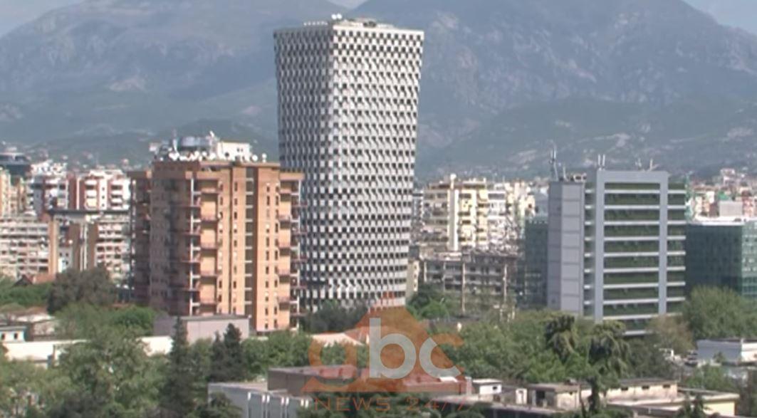 """Ekonomia shqiptare e ndikuar nga tensionet politike, çfarë thotë raporti """"Fitch"""" 2020"""