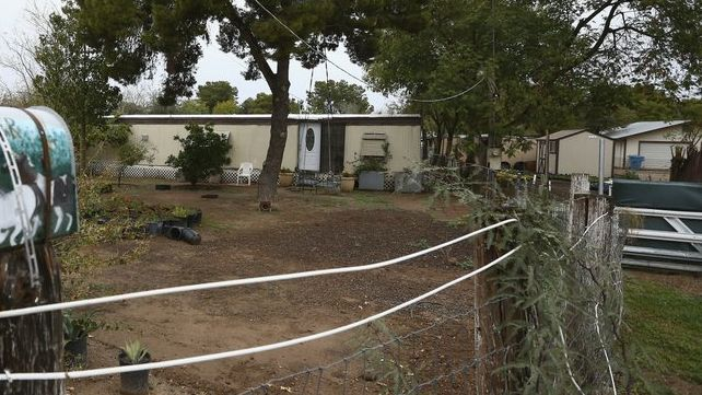 E rëndë, nëna amerikane vret tre fëmijët e saj, trupat u gjetën në banesë