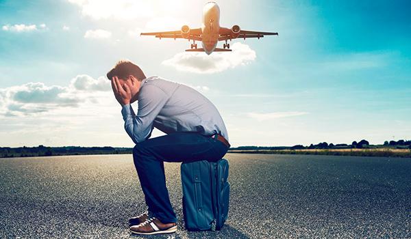 5 mënyra se si t'i shpëtoni frikës nga udhëtimi me avion