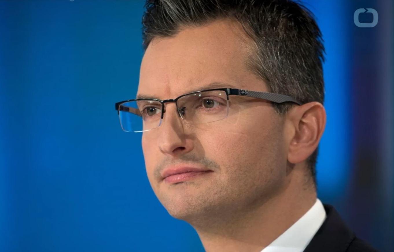 Kryeministri Slloven paralajmëron dorëheqjen dhe kërkon zgjedhje të jashtëzakonshme