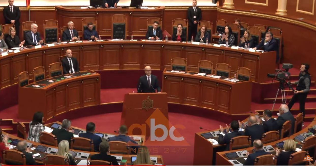 Kuvendi nis punimet, zgjedh Artur Metanin Inspektor të Lartë të Drejtësisë
