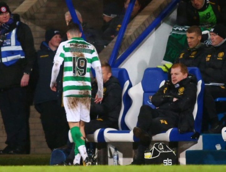 """VIDEO/ """"Ik zhduku!"""", trajneri i Celtic tërbohet për arsyen e çuditshme"""