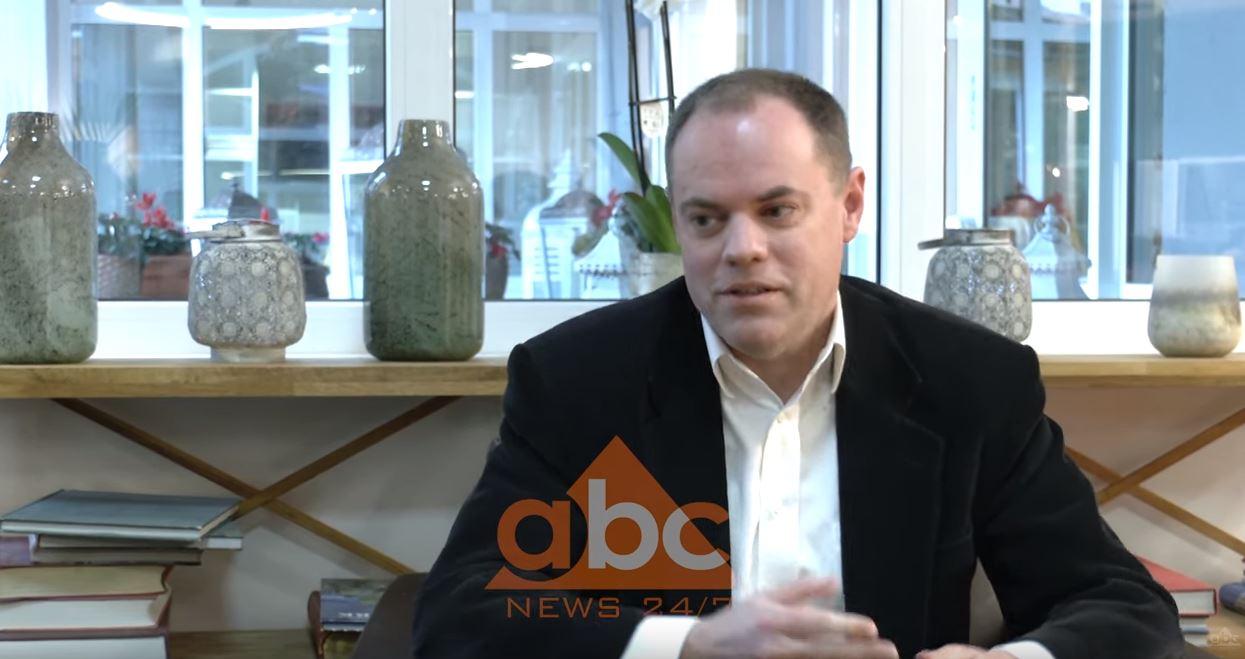 Marc Crawford: Pronat mbeten pengesa kryesore për investitorët e huaj në Shqipëri