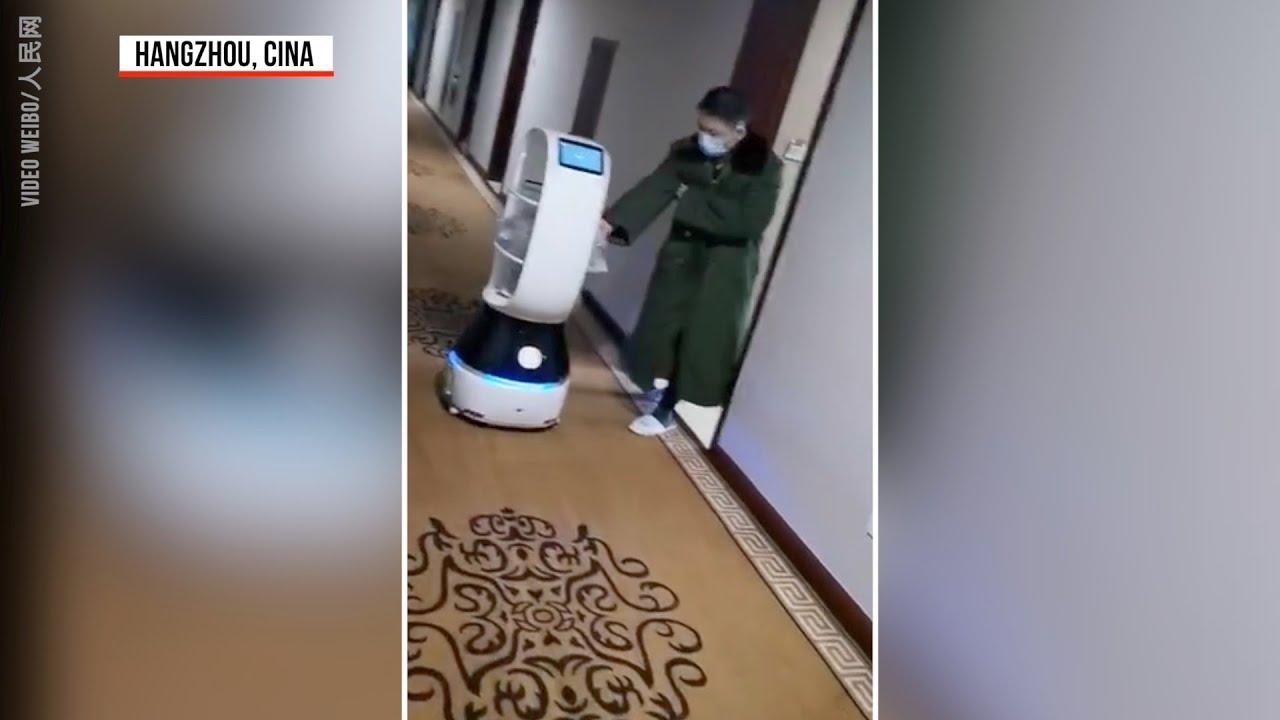 Koronavirusi izolon Kinën, robotë shërbyes nëpër hotele